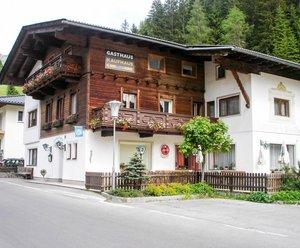 Gasthof Perfler und Ferienwohnung Dolomitenheim