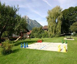 Spiele- & Buchhotel Tschitscher