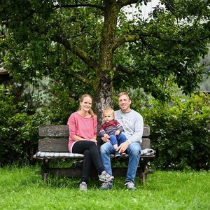 redlerhof-familie-berger-c-dolomitenstadt-wagner.jpg