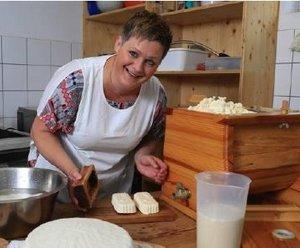 Hoferlebnis - Buttern am Niescherhof