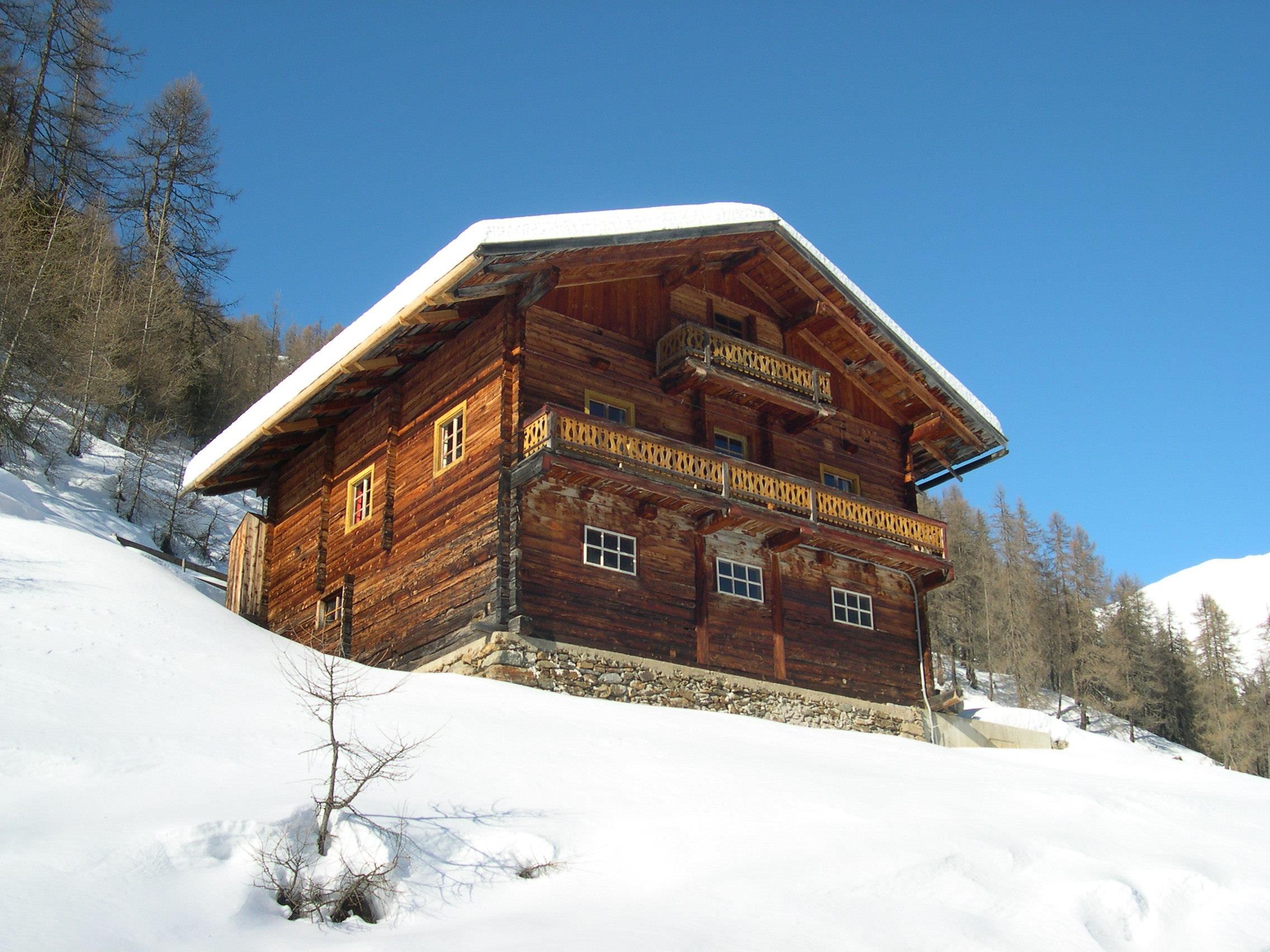 Alm-Winter-100.jpg