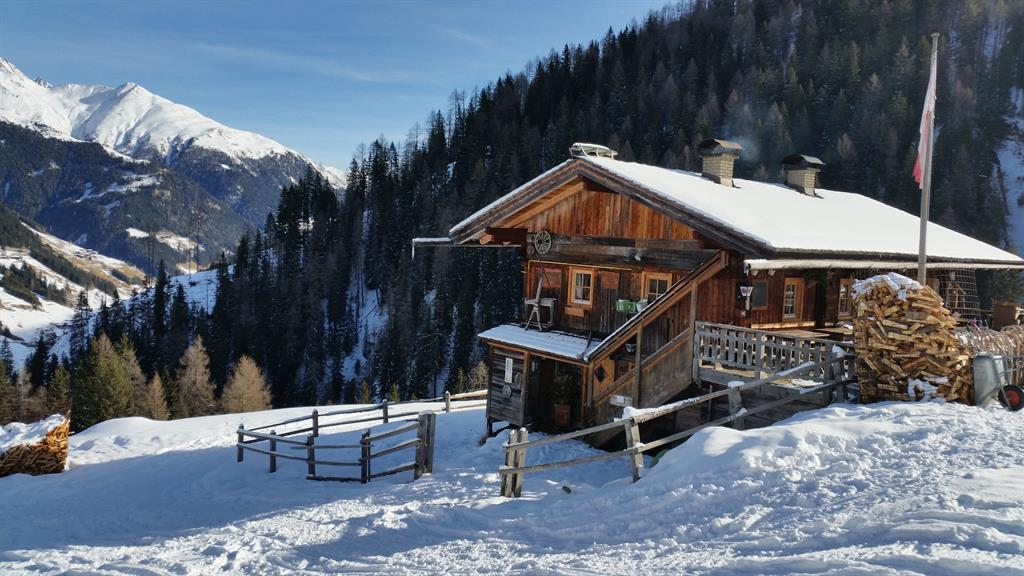 Alpe-Stalle-im-Winter.jpg
