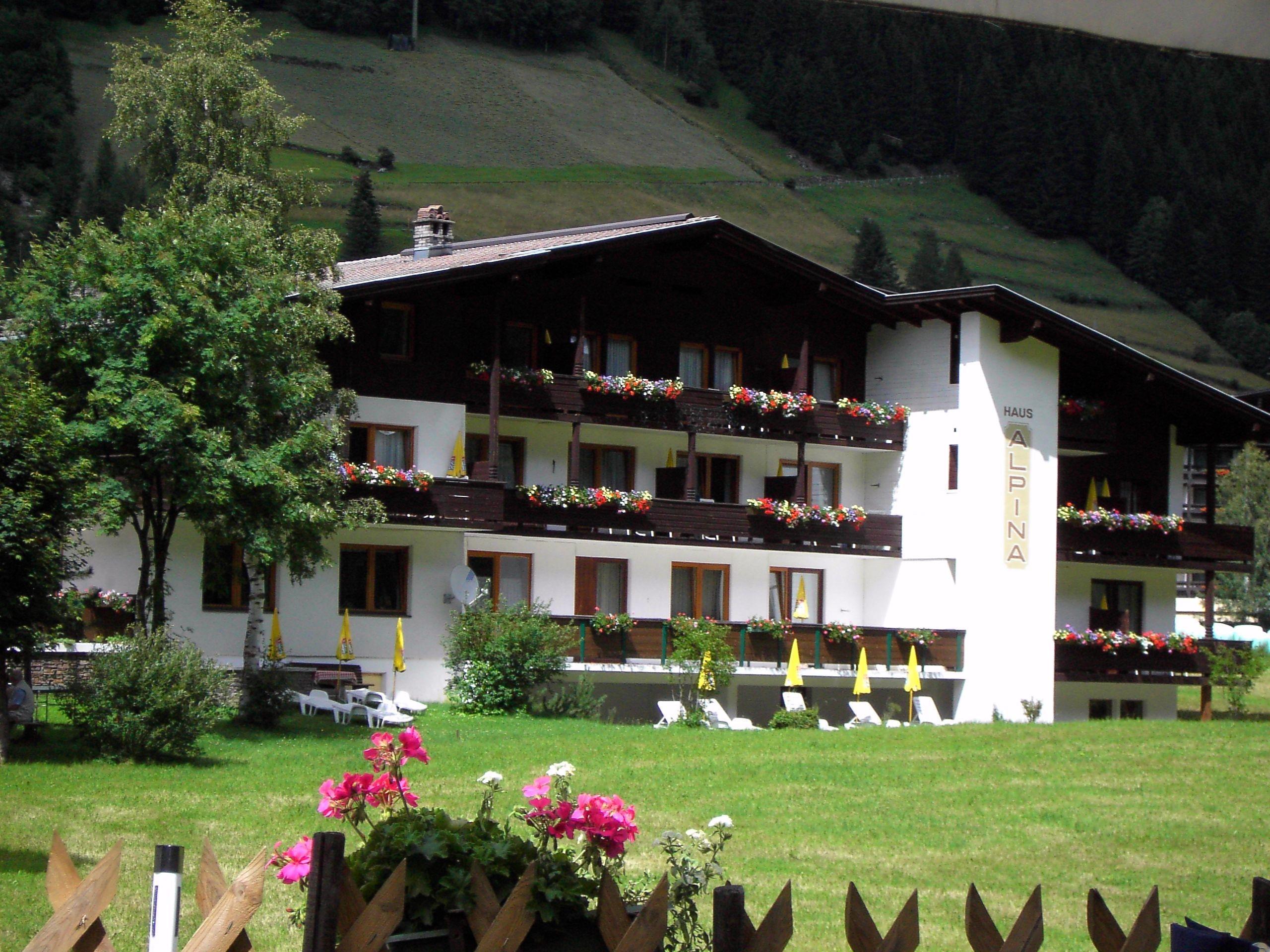 AlpinaSommer.jpg