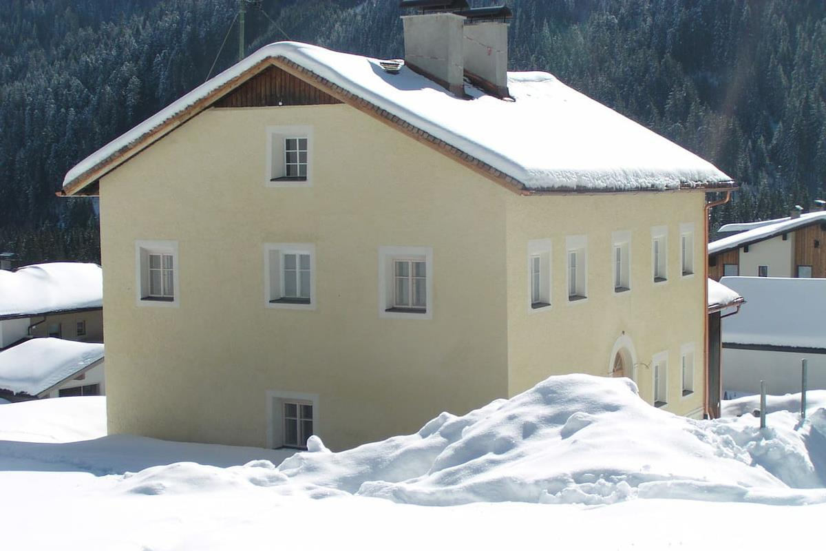 Altes-Pfarrhaus-Winter.jpg