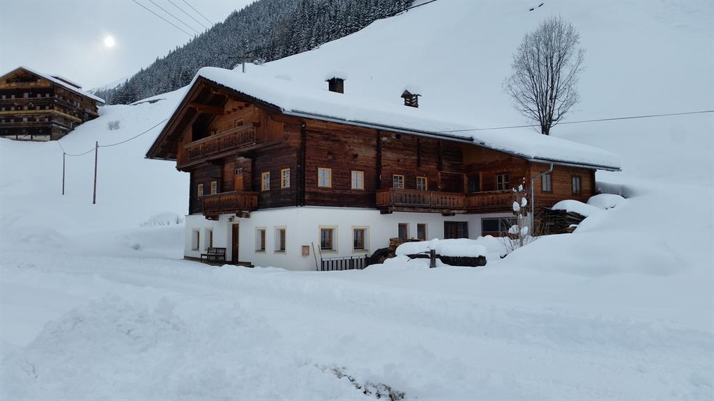 Ansicht-Ost-Winter-2016.jpg