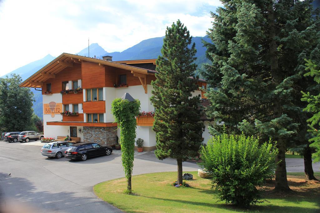 Apartmenthaus-Bstieler-Sommer.jpg