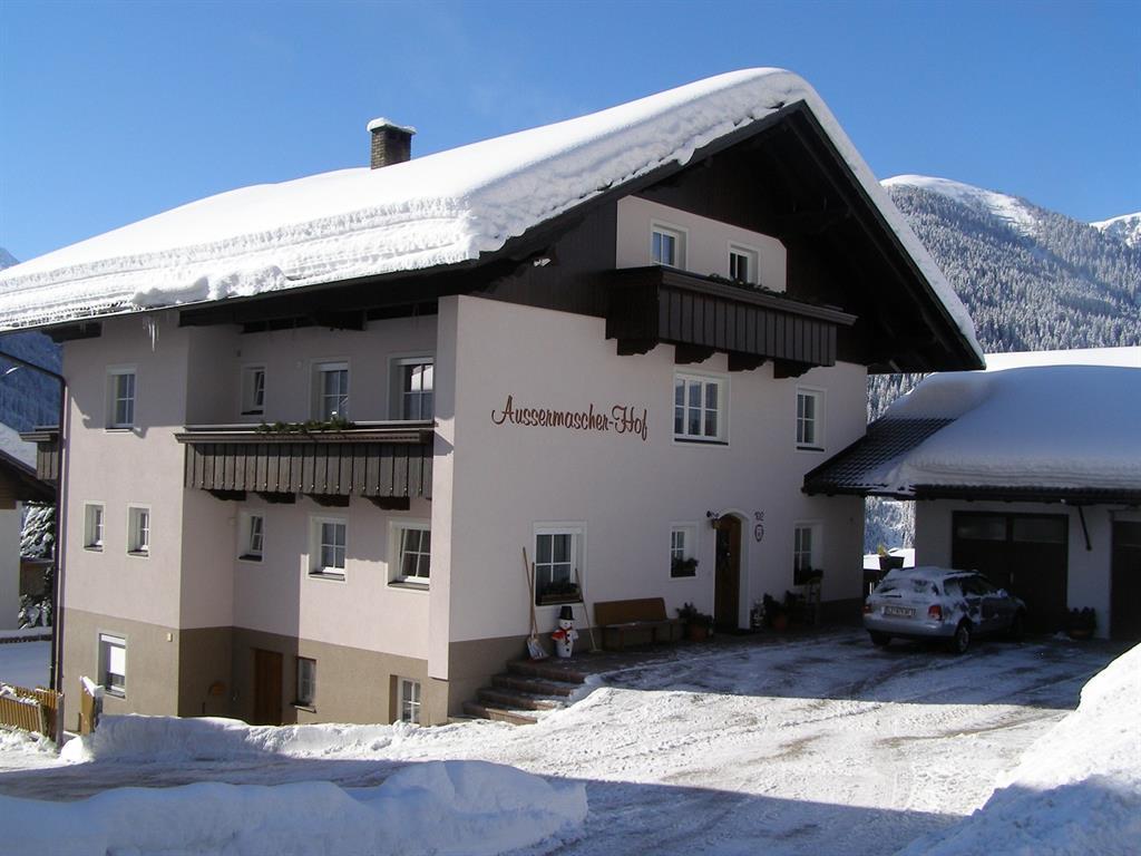 Aussermascherhof-Winteransicht-2.jpg