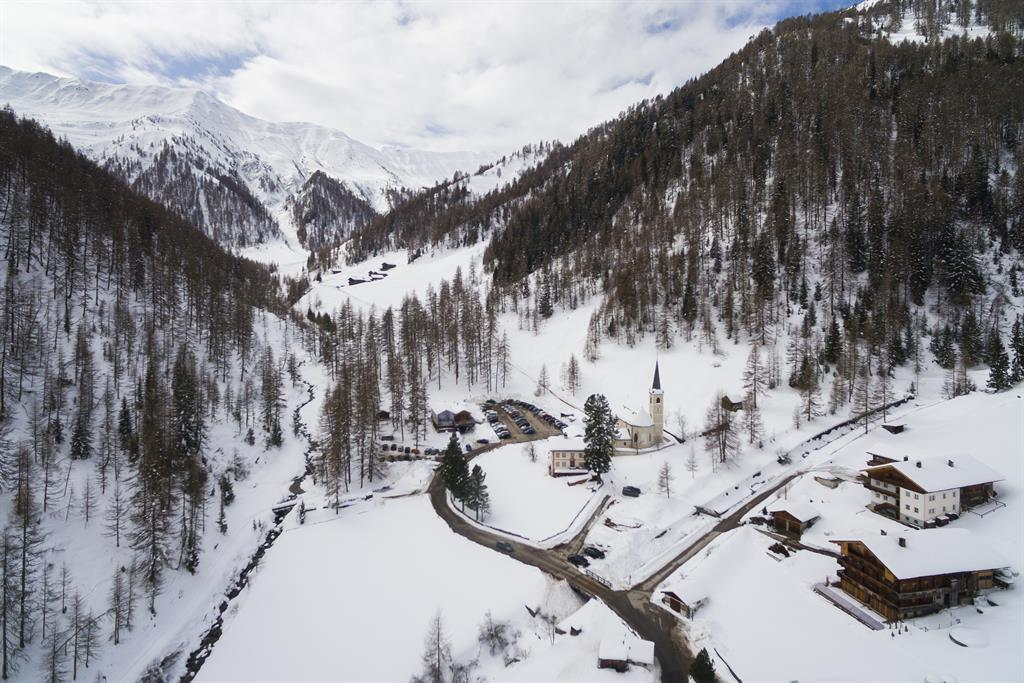 Badl-almn-Winter.jpg