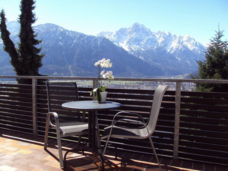 Balkon-und-Ausblick.jpg