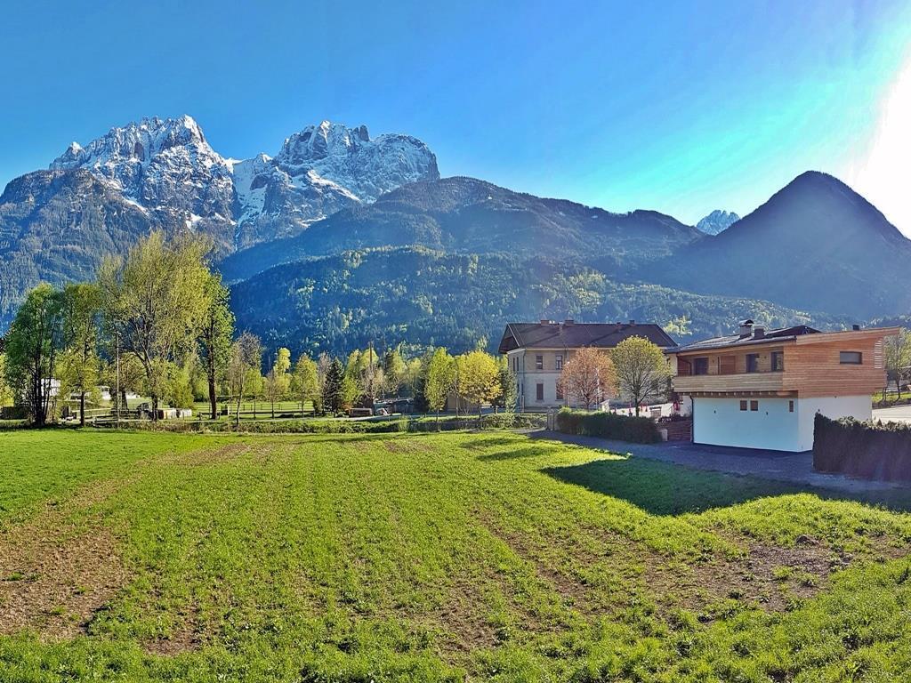 Blick-auf-die-Dolomiten.jpg