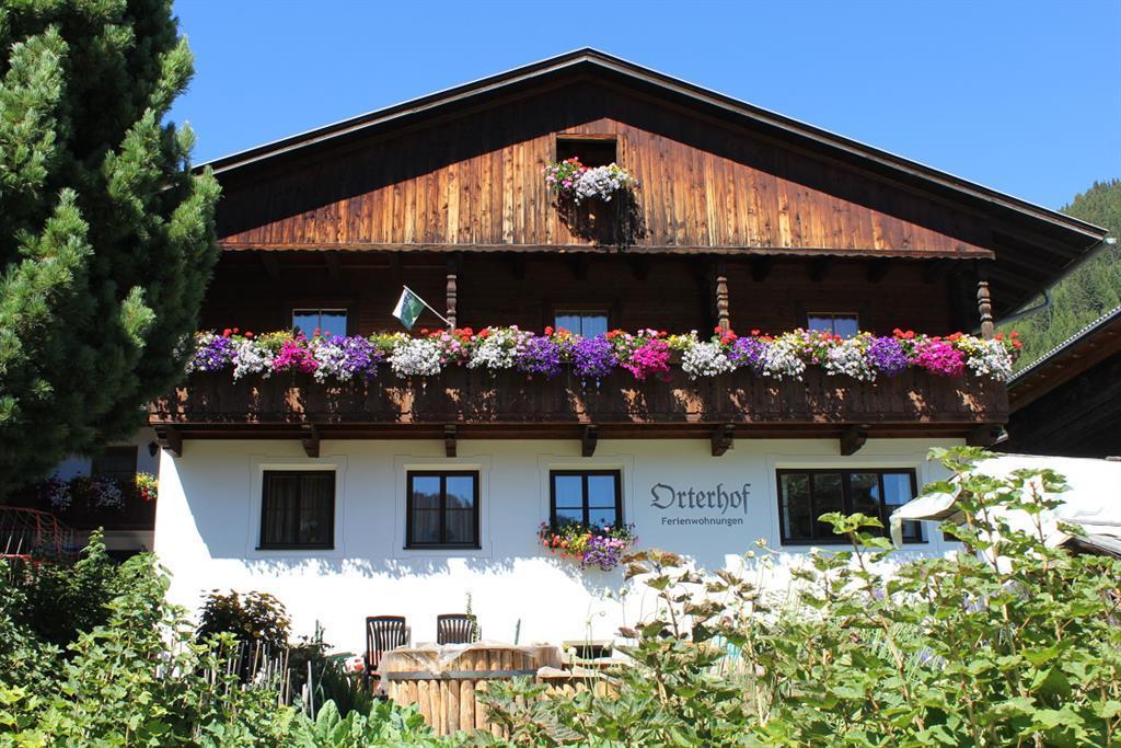 Blumenpracht-am-Orterhof.jpg