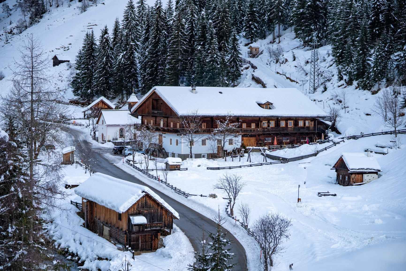 Der-Wurzerhof-im-Winter.jpg