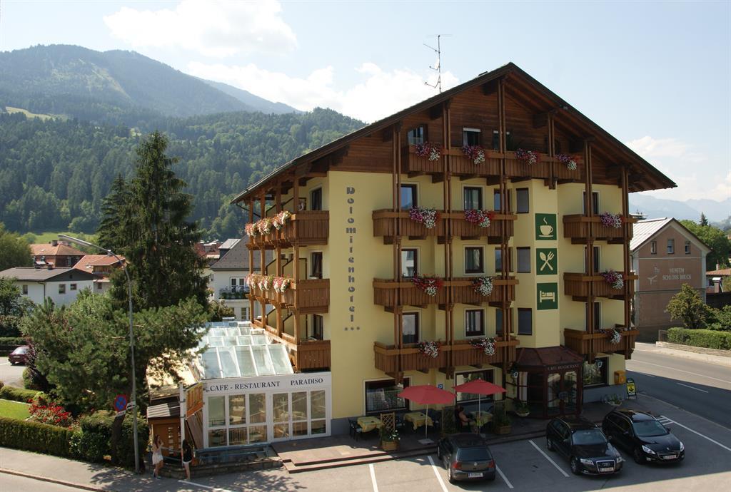 Dolomitenhotel-im-Sommer.jpg