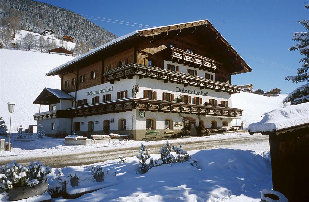 Dolomitenhof-im-Winter.jpg