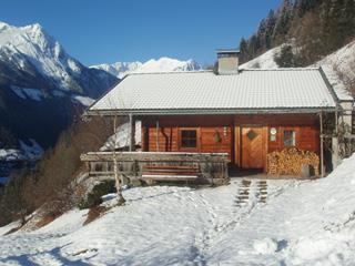 Ferienhaus-Kerschbaumerhof-Winter.jpg