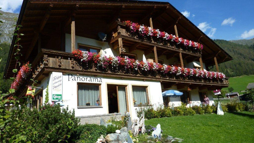 Ferienhaus-Panorama-Praegraten-Osttirol.jpg