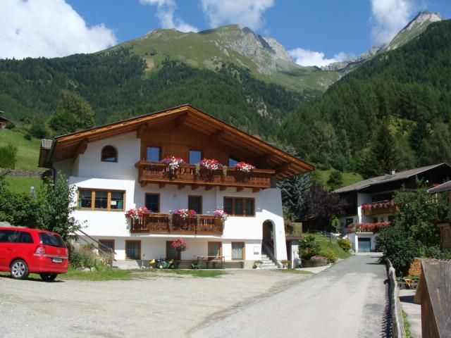 Ferienwohnung-Fam-Oberwalder-Virgen-Sommer.jpg