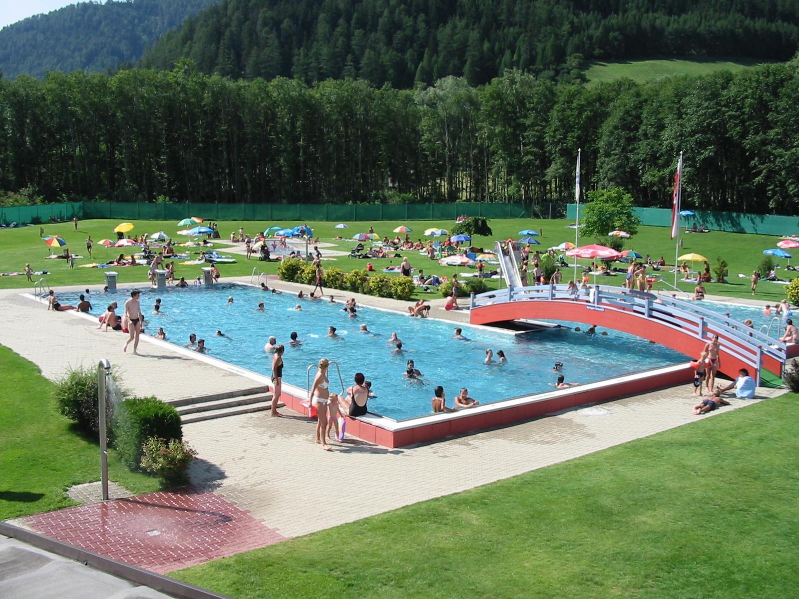 Freischwimmbad-Matrei.jpg