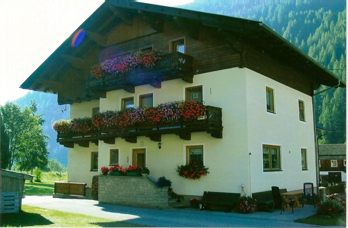 Gaestehaus-Leitner-Sommer.jpg