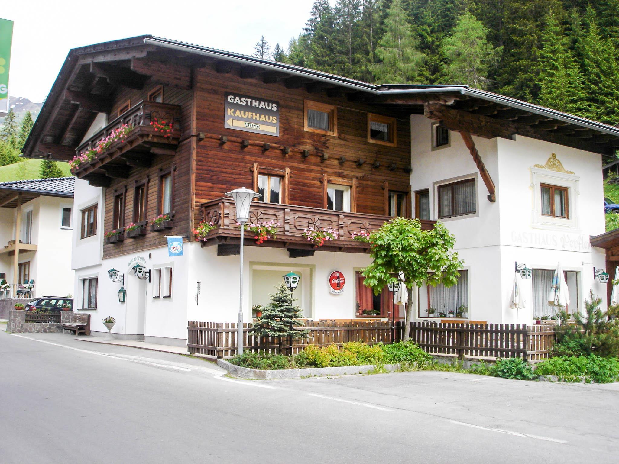 Gasthaus-Perfler.jpg