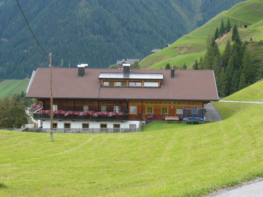 Goserhof-im-Sommer.jpg