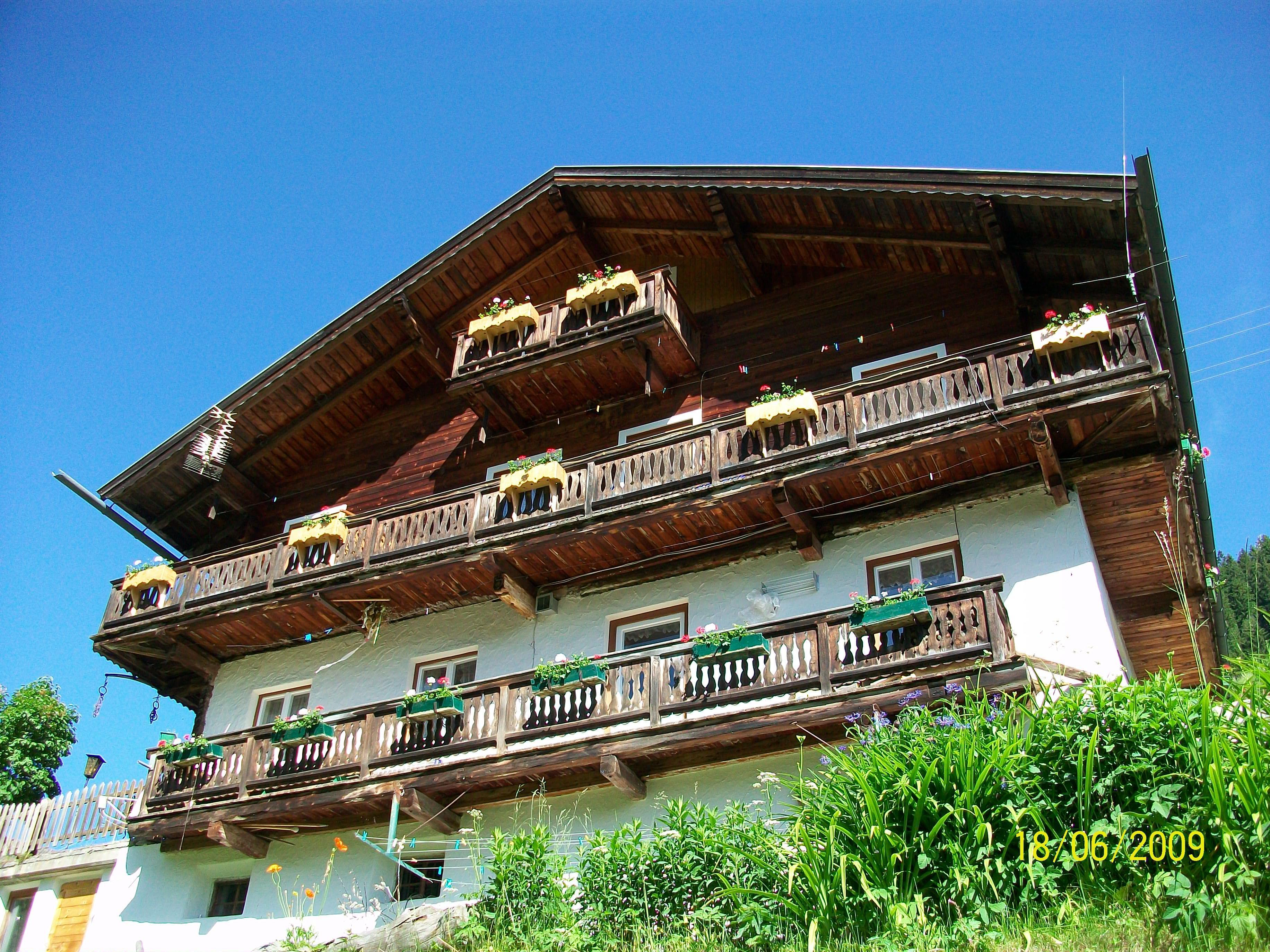 Haus-Alpenfrieden.jpg
