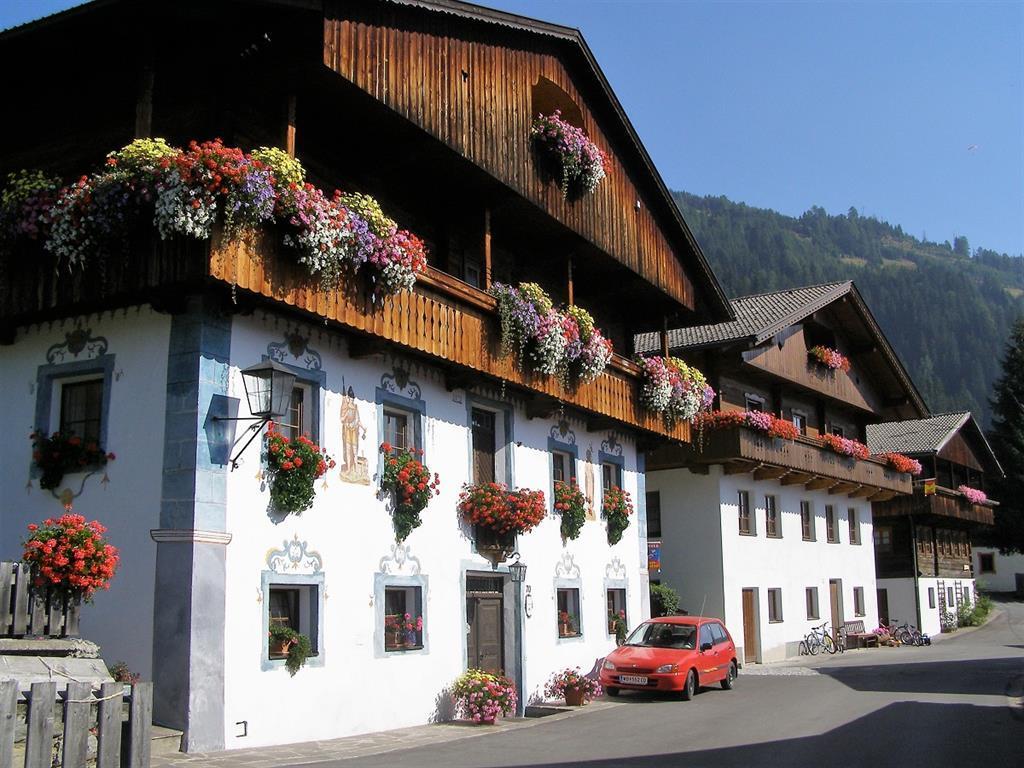 Haus-Angela-Scherer-Sommeransicht.jpg