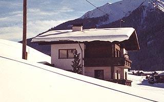 Haus-Ausserlechner-Winter.jpg