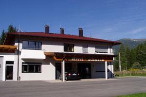 Haus-Bachmann-im-Sommer.jpg