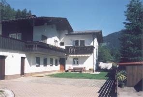 Haus-Bauer.jpg