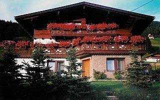 Haus-Schranzhofer-Sommer.jpg