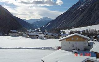 Haus-Sonnblick-Winter.jpg