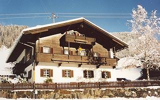 Haus-Walder-Winter.jpg