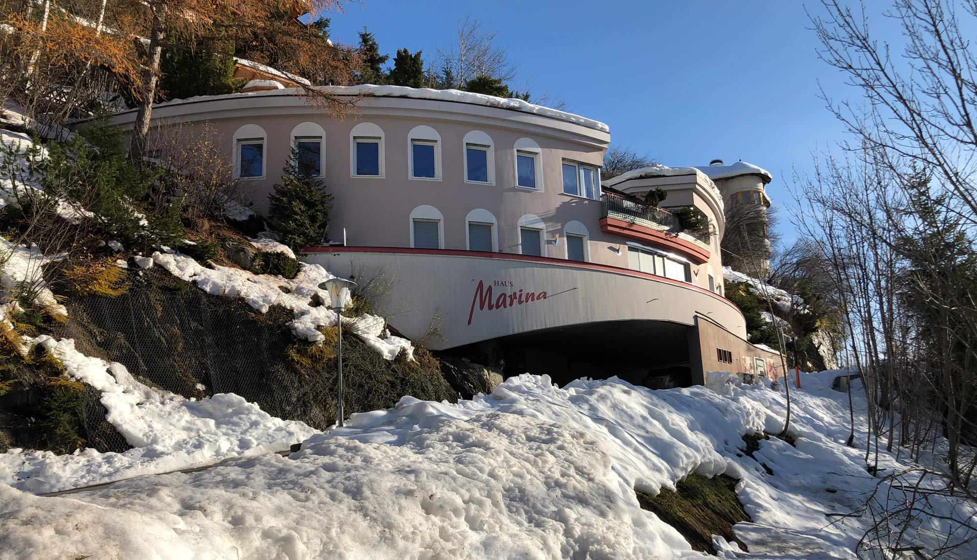 Haus-Winter.jpg