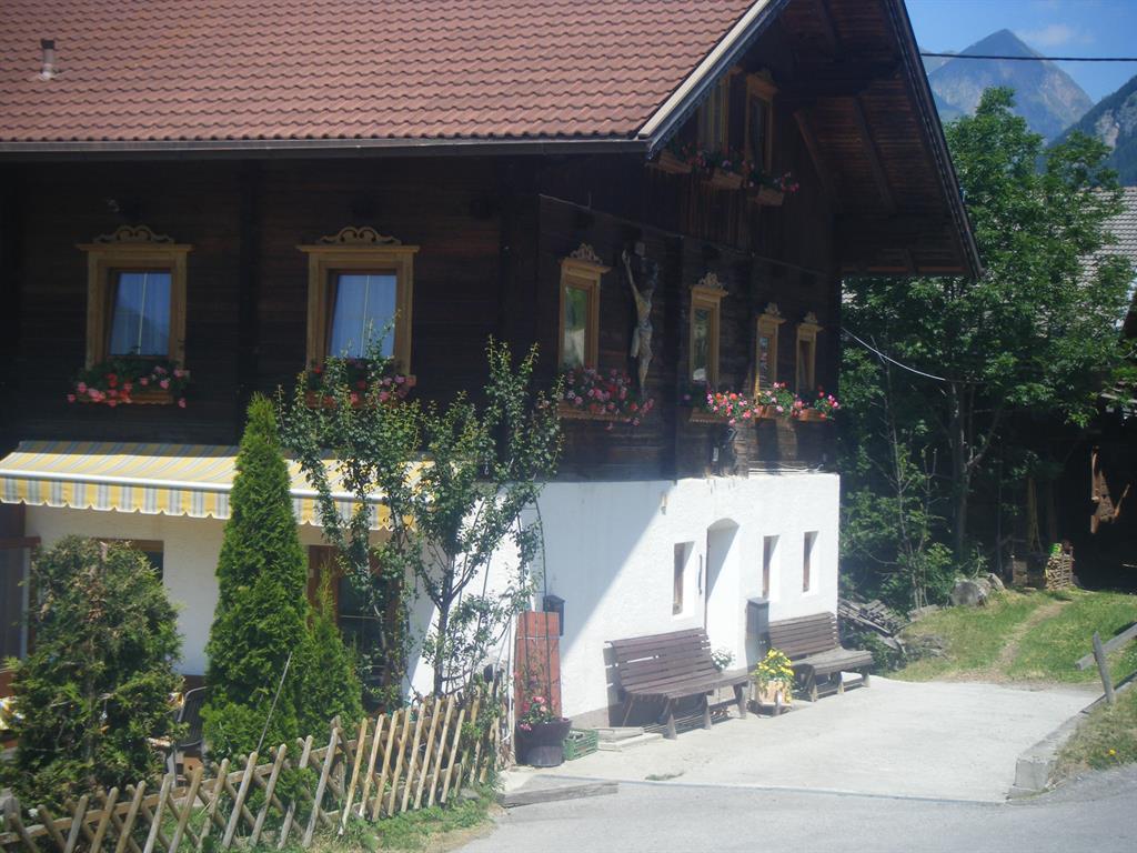Haus-im-Sommer.jpg