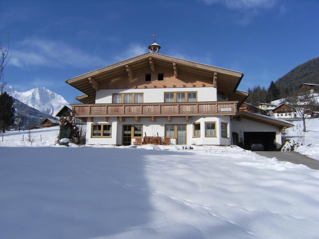 Haus-im-Winter.jpg