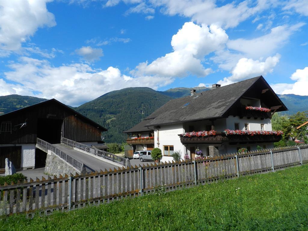 Herzlich-willkommen-am-Kristemoarhof-in-Lavant.jpg