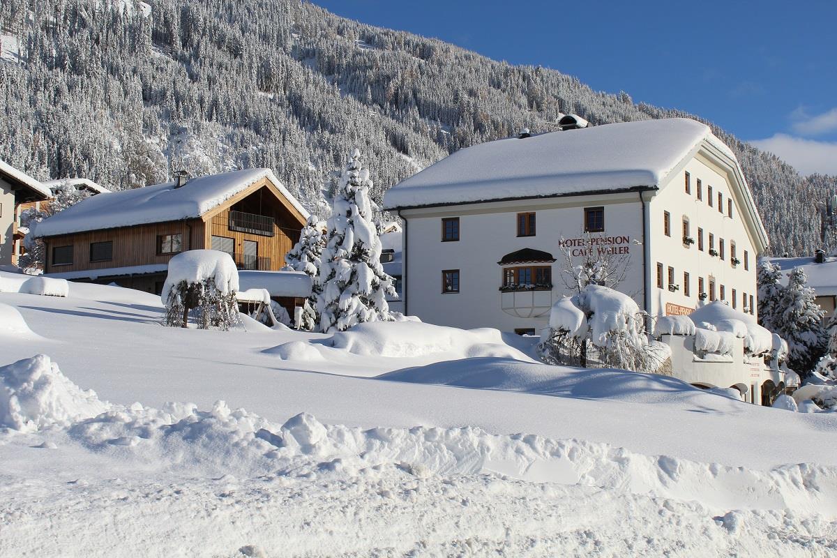 Hotel-Weiler-mit-Erweiterungsbau.jpg