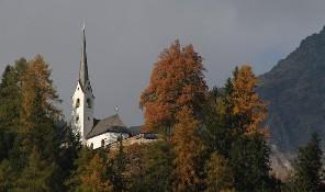 Kirche-St-Helena.jpg