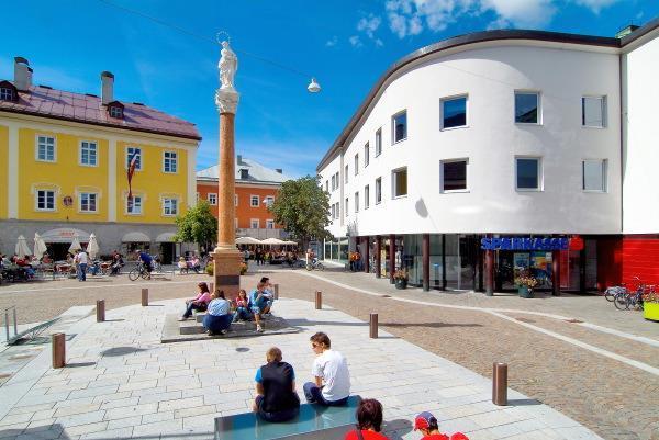 Mariensaeule-Johannesplatz.jpg