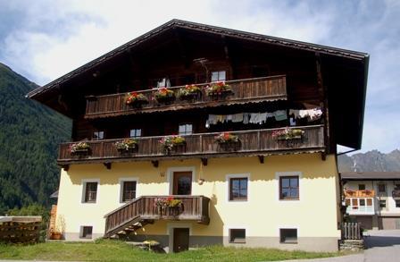 Oberroanerhof-Sommer.jpg