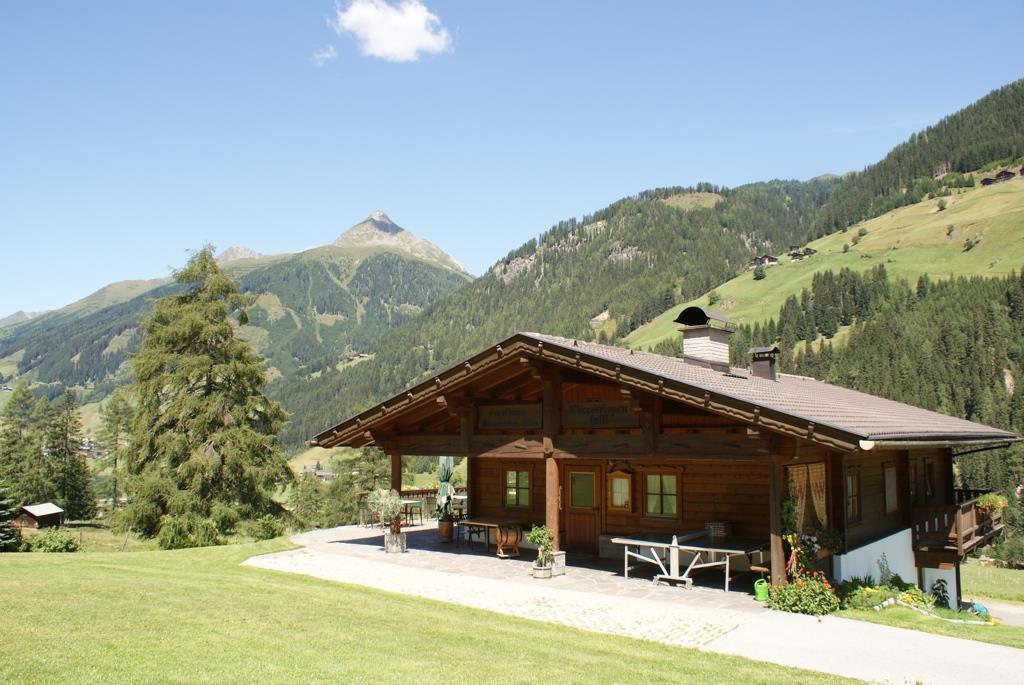 Oberweissen-Hittl-im-Sommer.jpg