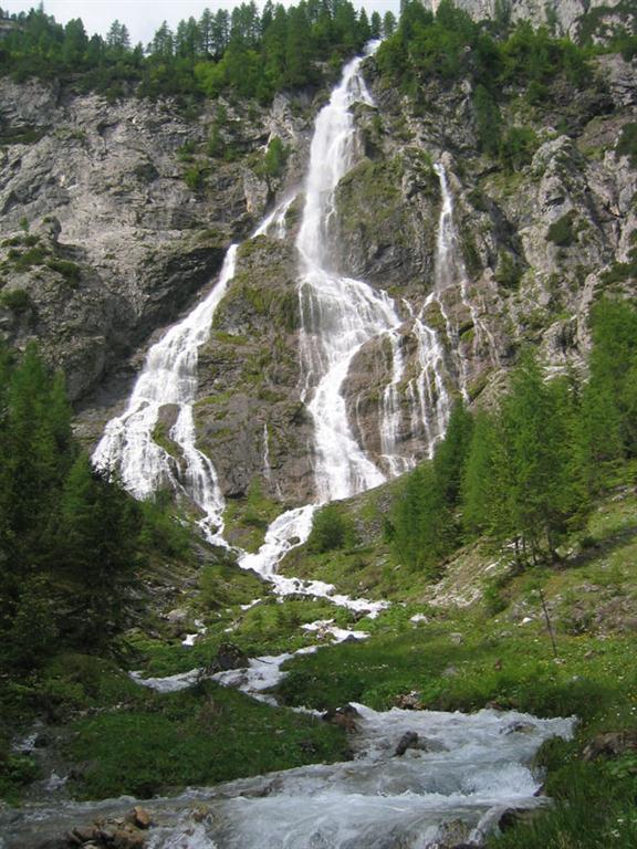 Obstanser-Wasserfall.jpg