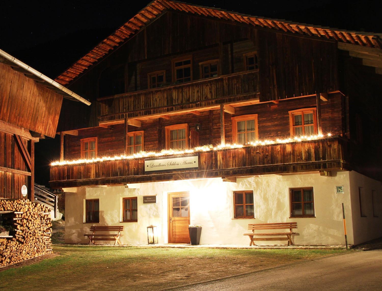 Osttirol-Ferienwohnungen-Landhaus-Schl.jpg