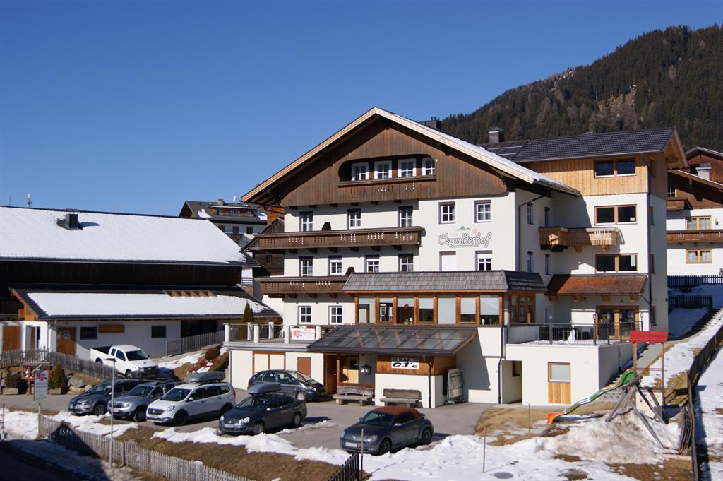 Oswalderhof-im-Winter.jpg