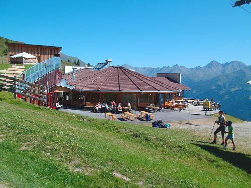 Panoramarestaurant-Gadein-im-Sommer.jpg