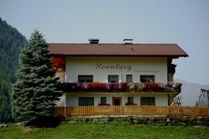 Sonnberg-Sommerbild.jpg