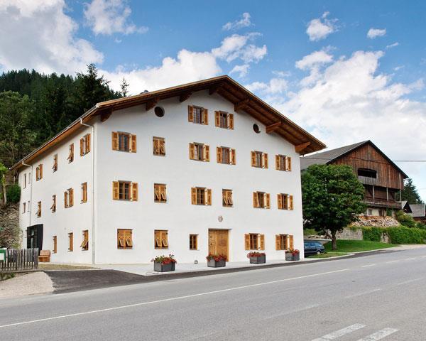 Tassenbacherhof-im-Sommer.jpg