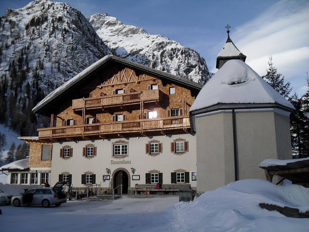 Tauernhaus-Winter.jpg