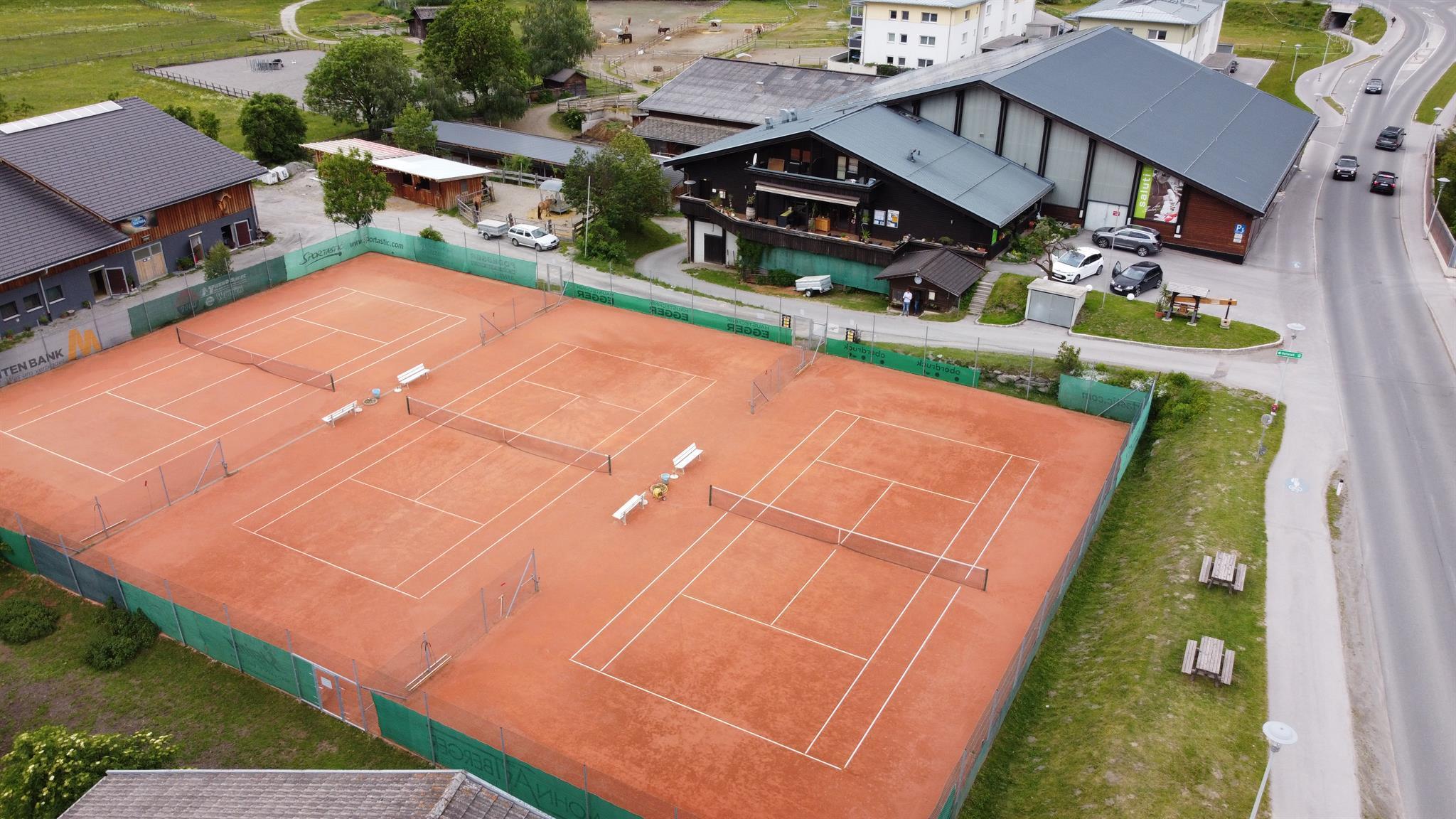 Tennis-Freiplaetze-Matrei-iO.jpg
